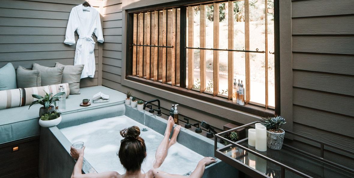 sips garden room made into a spa